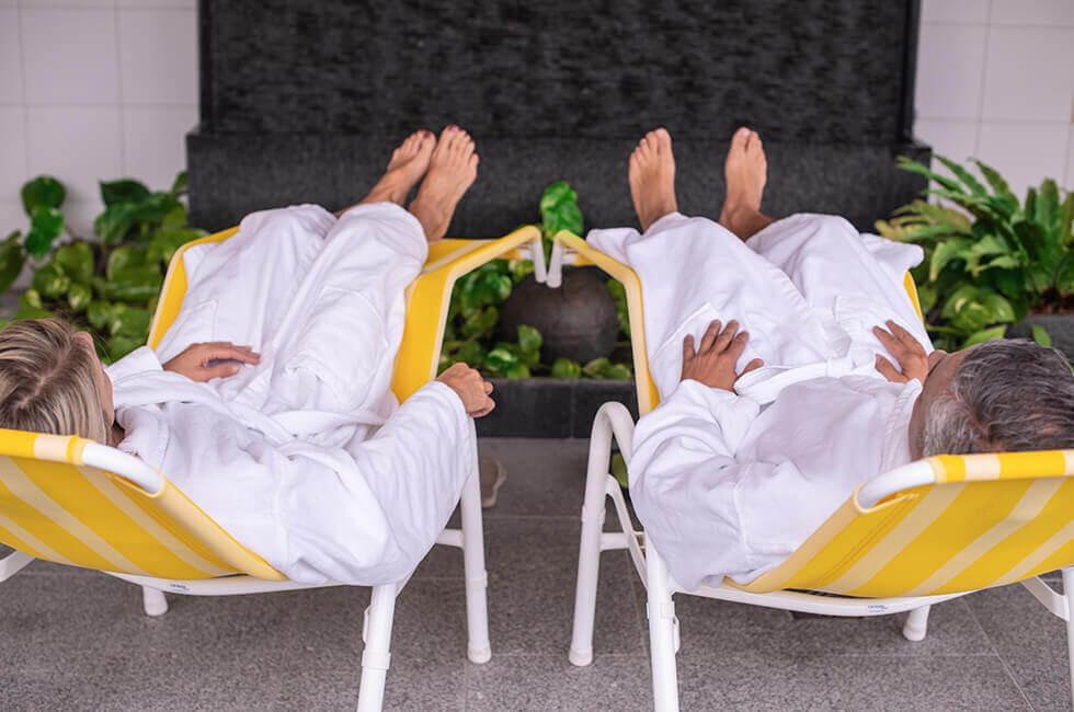 Radon-Trockenbad zur Behandlung bei Beschwerden des entzündlich-rheumatischen Formenkreises, Erkrankungen der Haut und der Atemwege