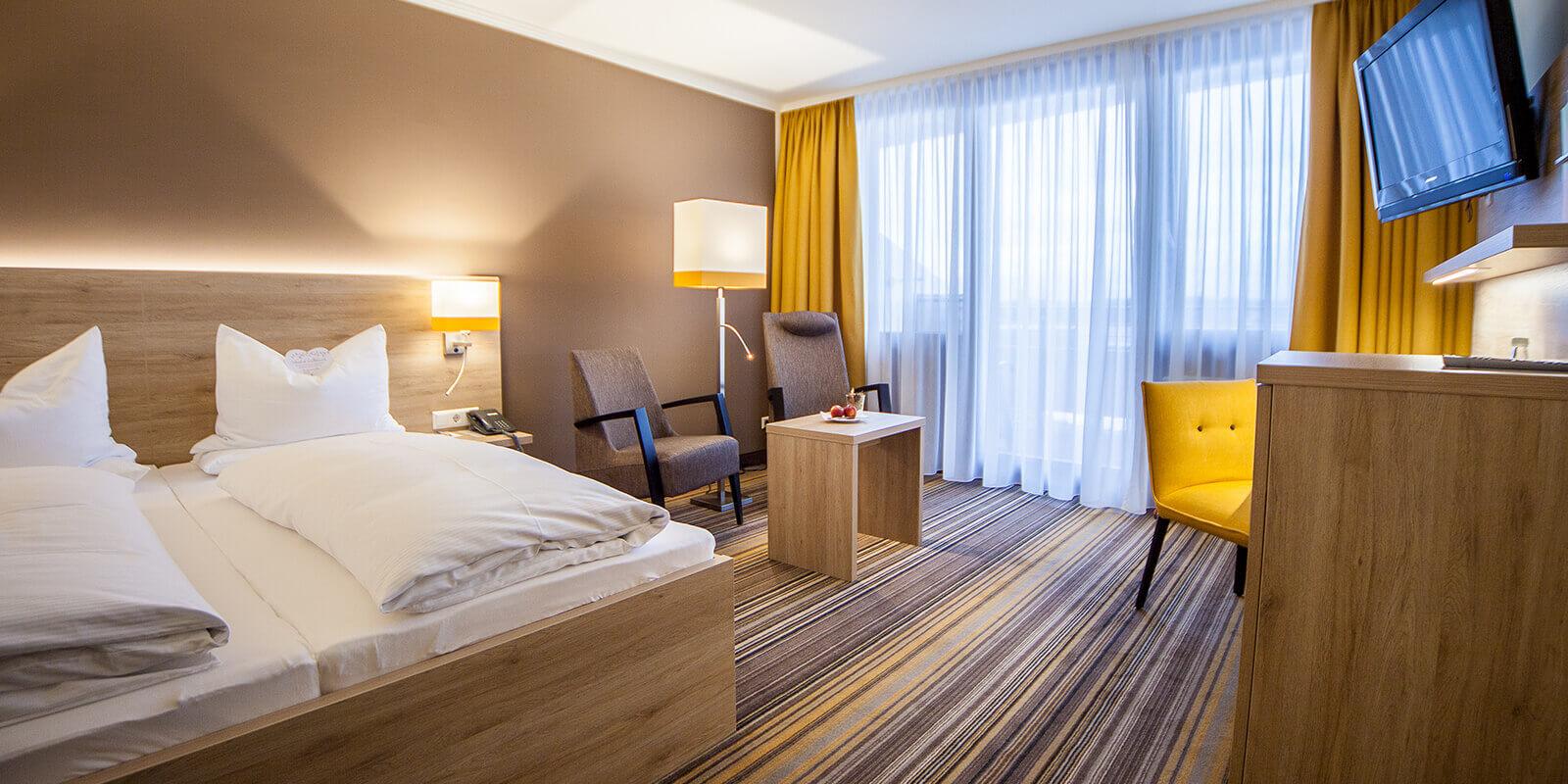 Doppelzimmer der Premiumklasse im Vier-Sterne-Hotel im Fichtelgebirge