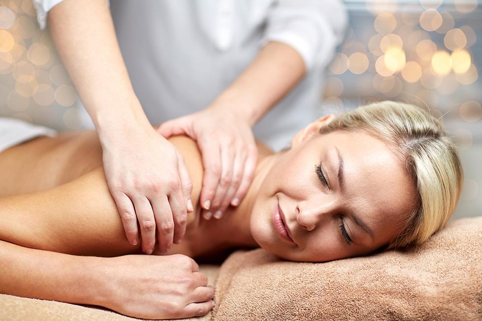 Entspannung bei einer Massage im Beauty & SPA des Gesundheitshotels im Fichtelgebirge